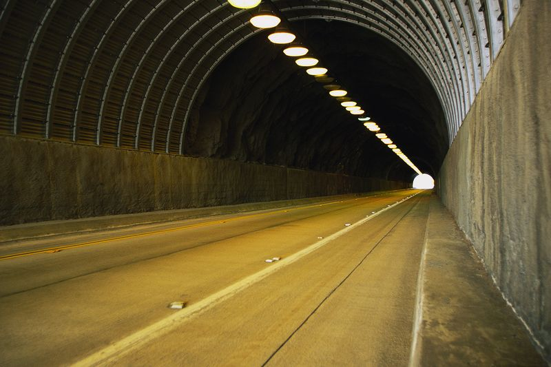 Tunnel MP900401480 (2)
